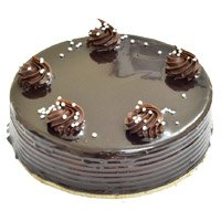 Cakes Delivery in Bangalore - Chocolate Truffle Cake From 5 Star